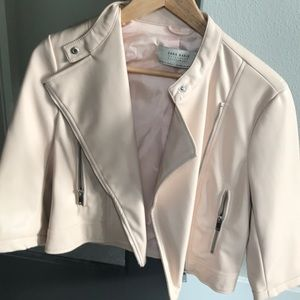 New without tags!!! ZARA faux leather jacket - M